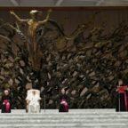 Papa Francesco: la fede non è mondanità